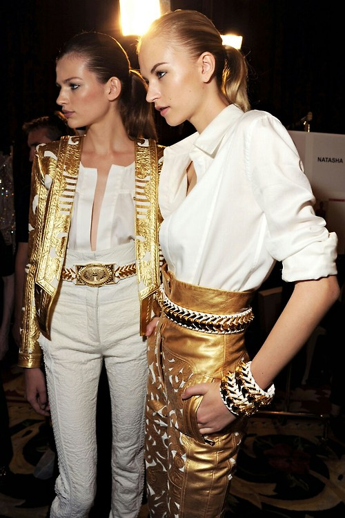 balmain-paris-chains